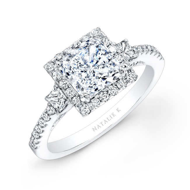 18k White Gold Square Halo Princess Cut Diamond En